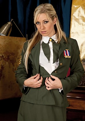 Free Military Mature Porn Pictures